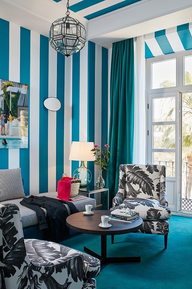 melian_randolph-suite-hotel-valeria-roommate-11