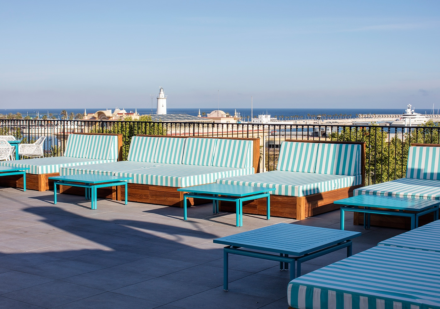 melian_randolph-terraza-hotel-valeria-roommate-17