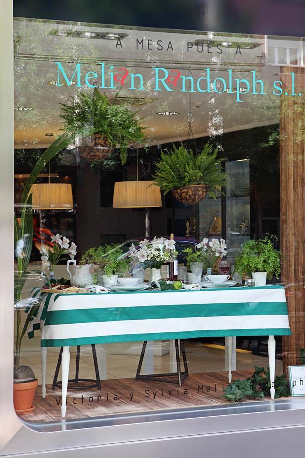 A mesa puesta (proyecto) -